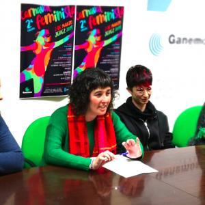 Las Tres Rosas, pregoneras del II Carnaval Feminista que organiza Ganemos Jerez