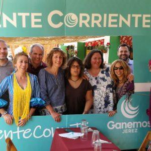 Ganemos en Común Córdoba y Levantemos El Puerto respaldan a Ganemos Jerez en un encuentro celebrado en la Feria del Caballo